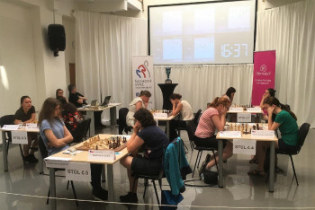 Mistryní mezi šachistkami na republikovém šampionátu se stala v Praze Karolína Olšarová