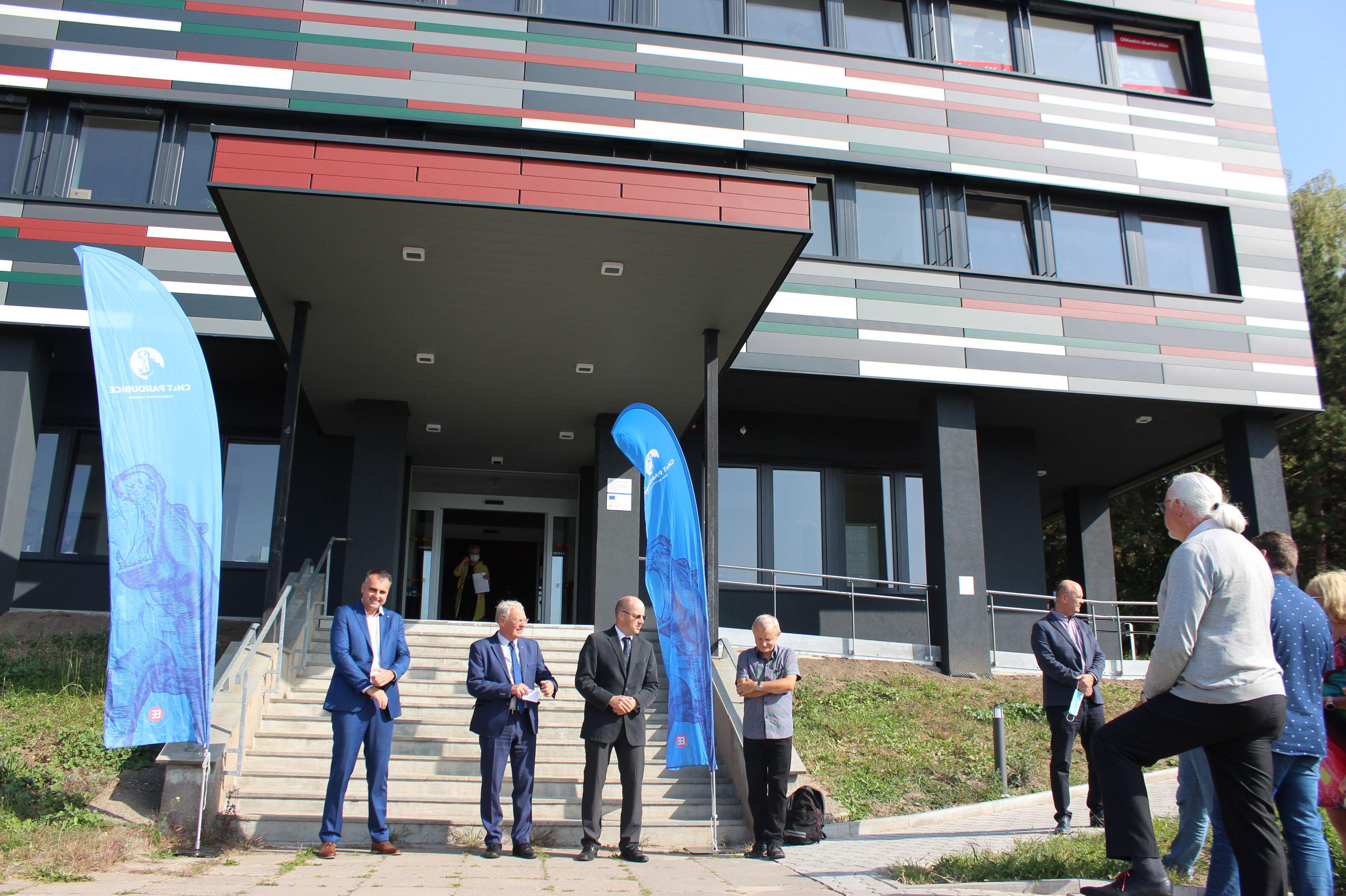 Polyfunkční komunitní centrum v Jičíně je otevřeno